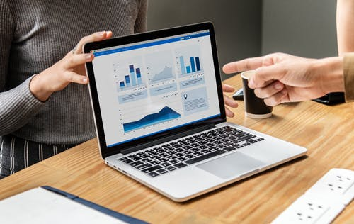 Data Driven Business Models and Analytics - The Power of Data-Driven for The Legal Industry